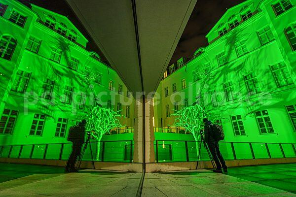 Lichtinstallation am neuen Jüdischen Museum in Frankfurt am Main (18.02.2021)
