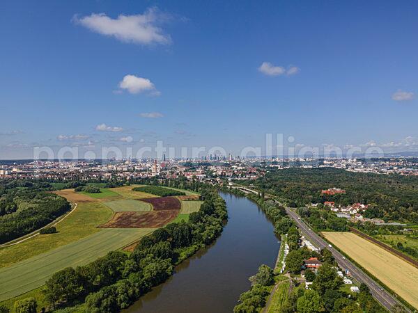 Blick über die Rhein-Main-Ebene (07.07.2021)